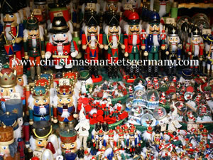 probably the most recognisable of the carved wooden ornaments are the nutcracker soldiers and the ruchermnnchen the smoking figures